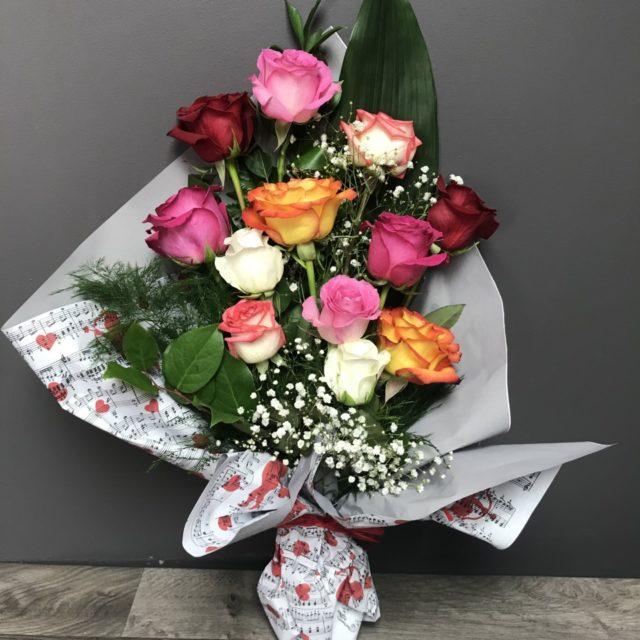 Mix de 12 roses colorées